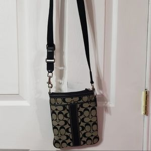 COACH  Authentic Crossbody Bag | Perfect Condition